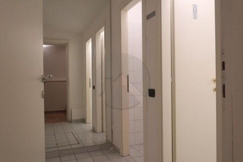7431-affitto-cesena-centrostorico-attivitàcommerciale_-11.JPG