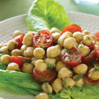 Tuscan Beans with Tomatoes and Oregano