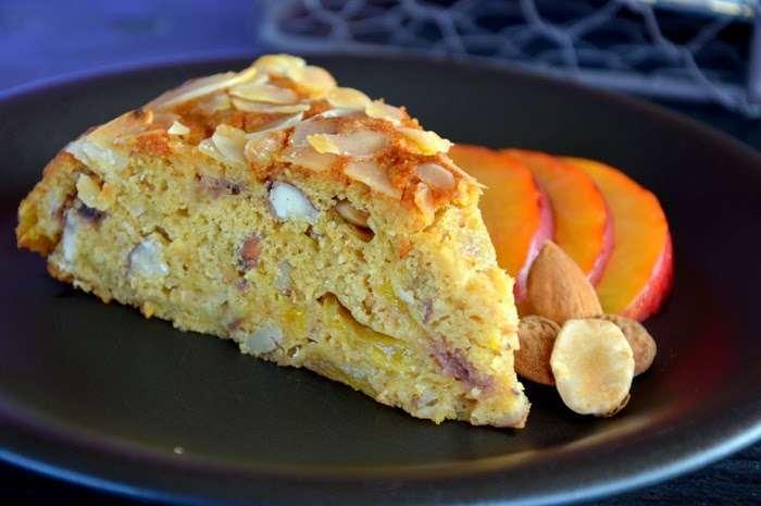 torta di pesche e amaretti