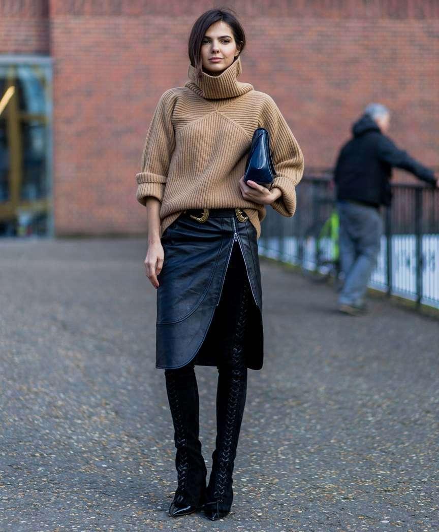 il maglione con la gonna