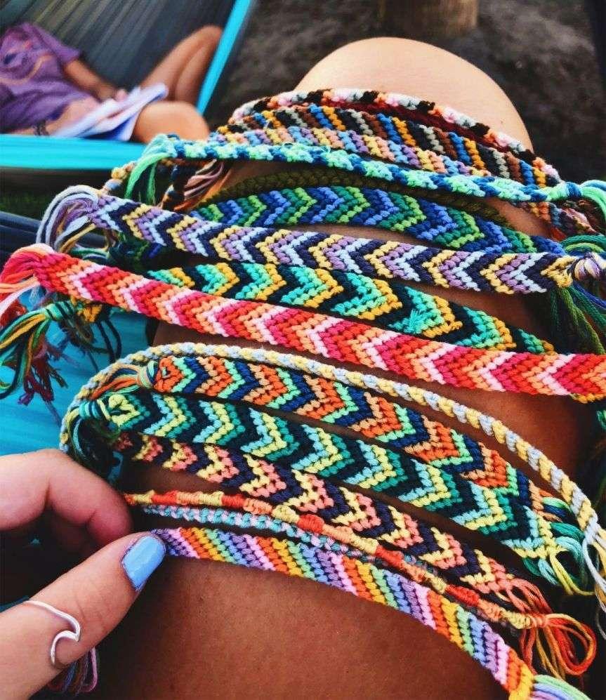 braccialetti dell'estate in cotone intrecciato