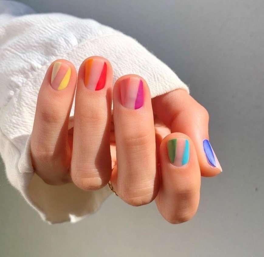 unghie multicolor estate 2019