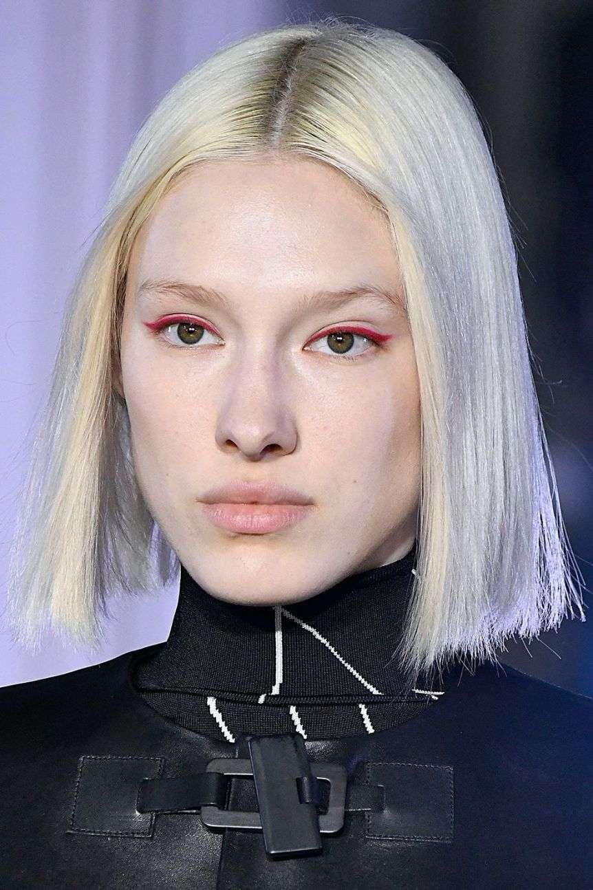 metterci l'eyeliner