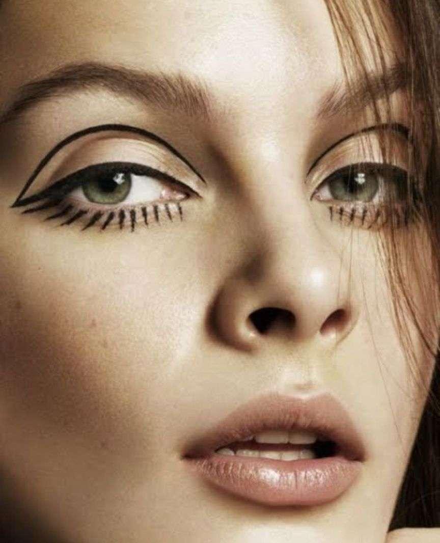 eyeliner twiggy style