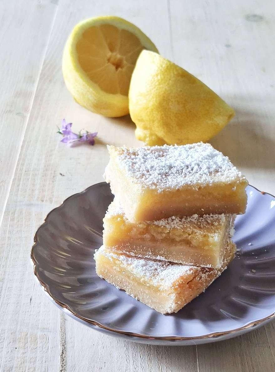 quadrotti di crema al limone