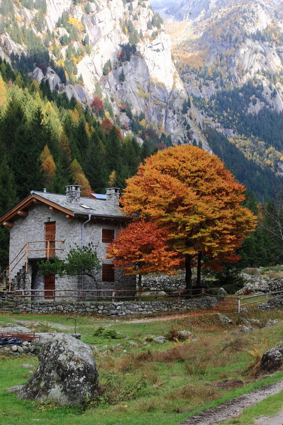 casa nella valle