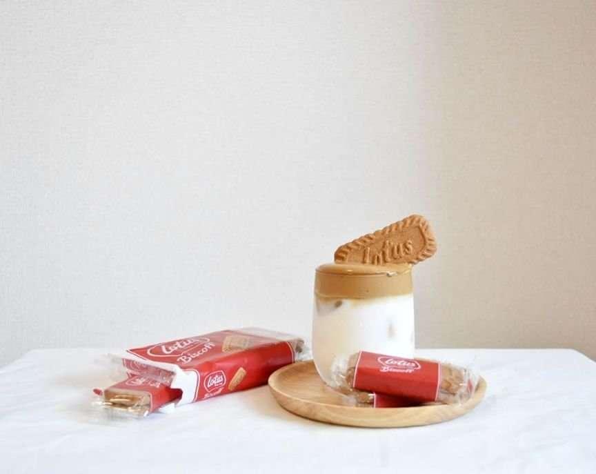 colazione latte e biscotti