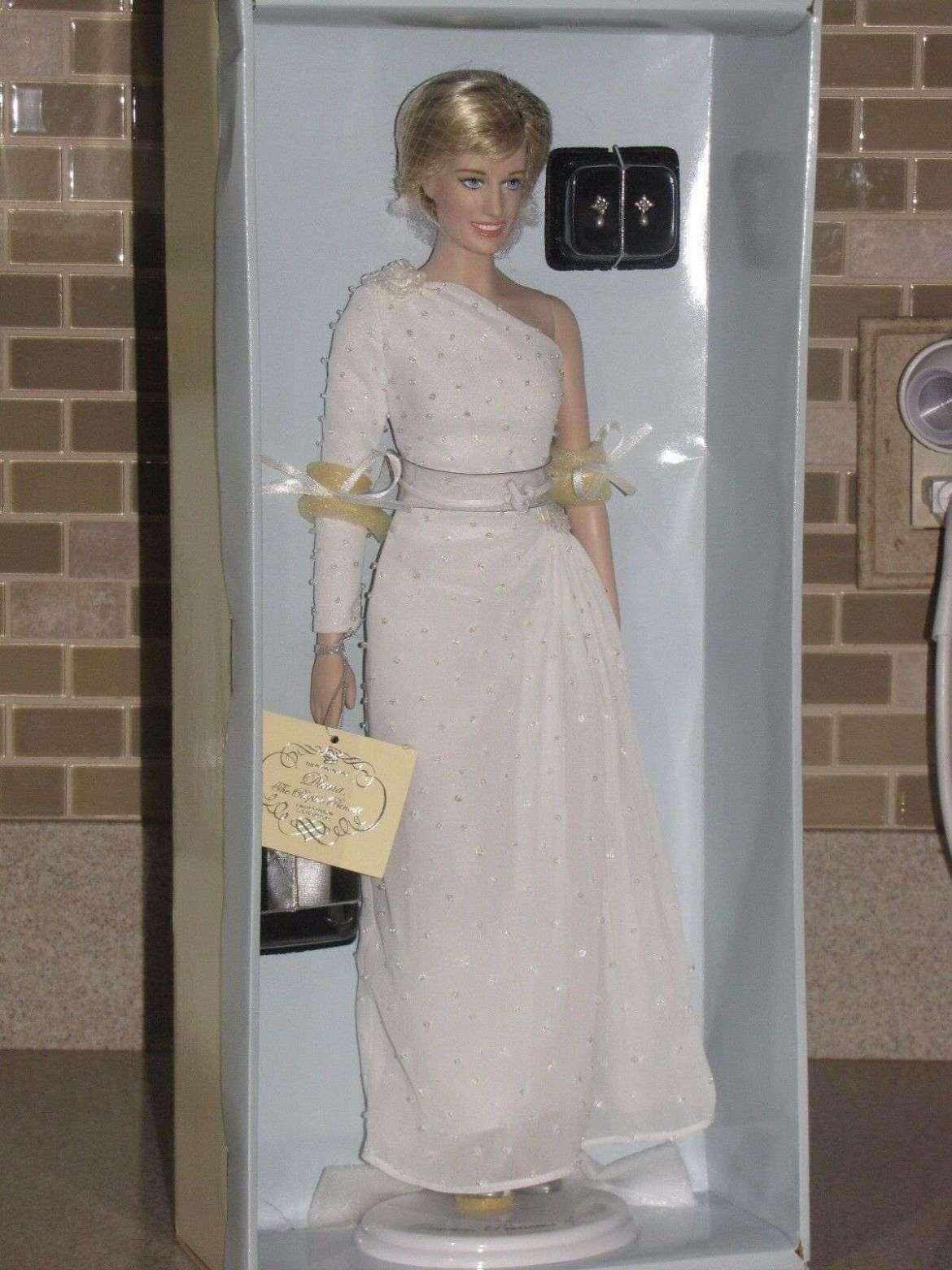 icone di stile barbie lady d