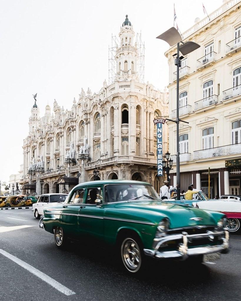 In viaggio sulle strade di Cuba