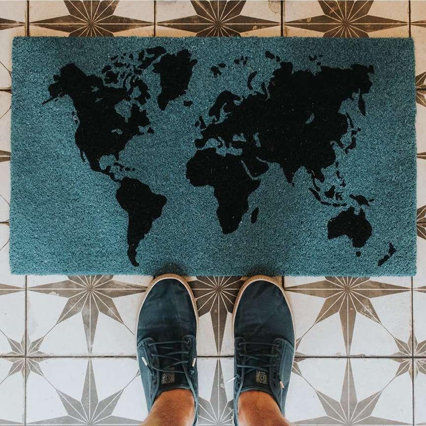 Tappeto con mappa geografica