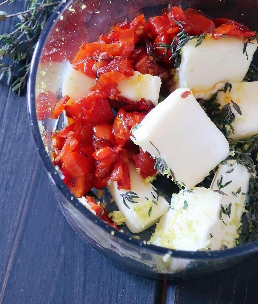 ingredienti per il burro al pomodoro