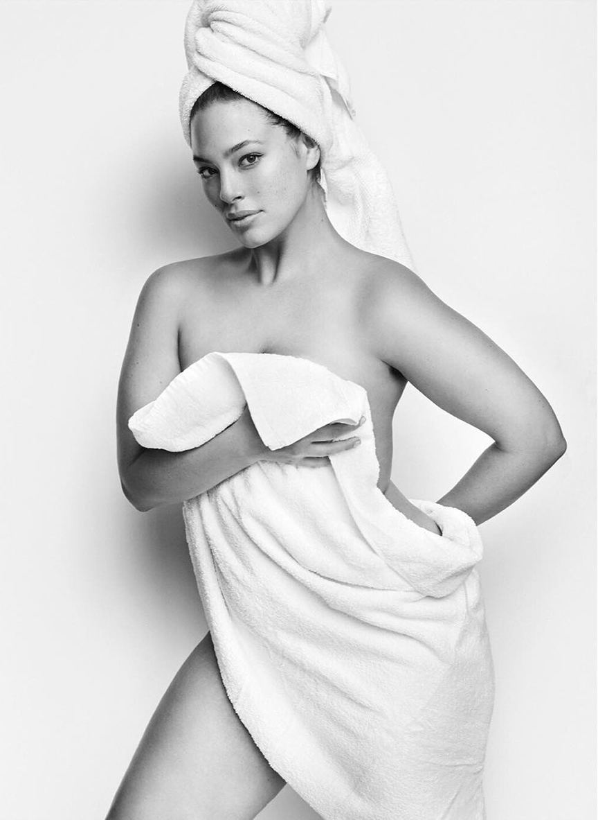 Ashley-Graham ©mario-testino