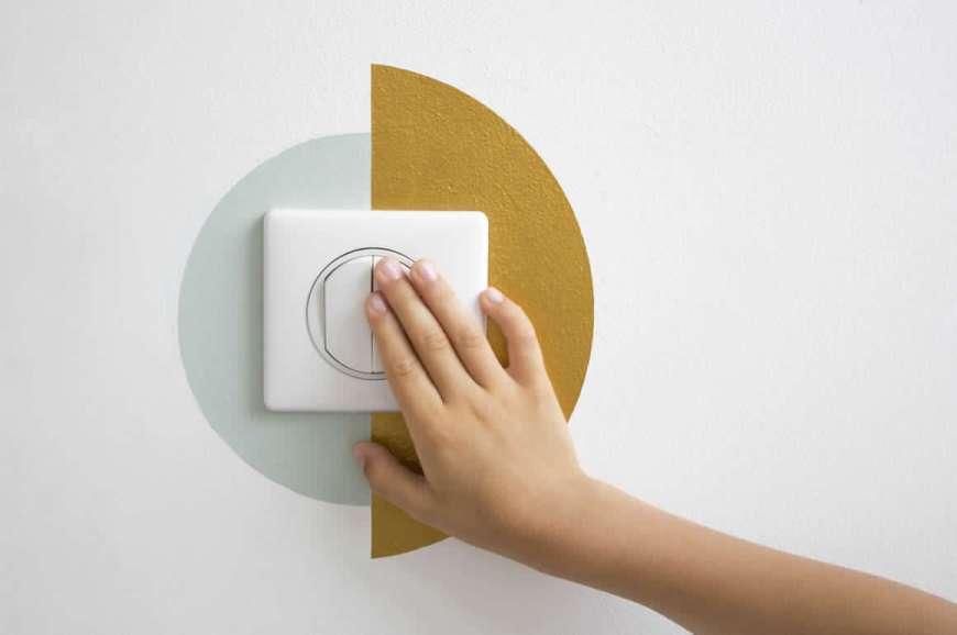 cerchi colorati sul muro