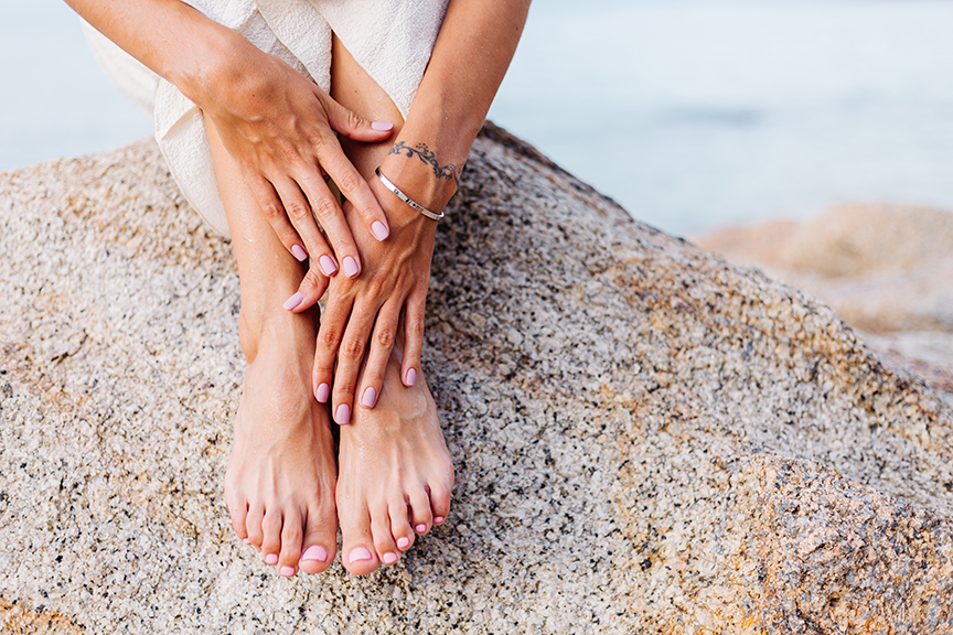 piedi sani e curati al mare