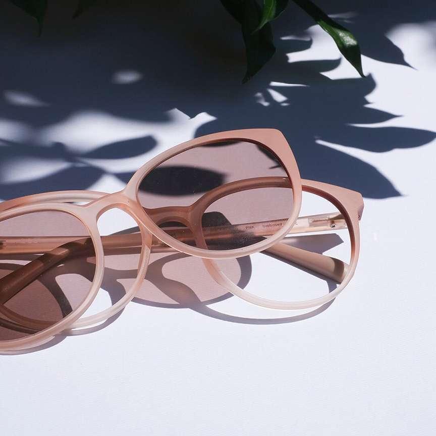 Clip occhiali rosa