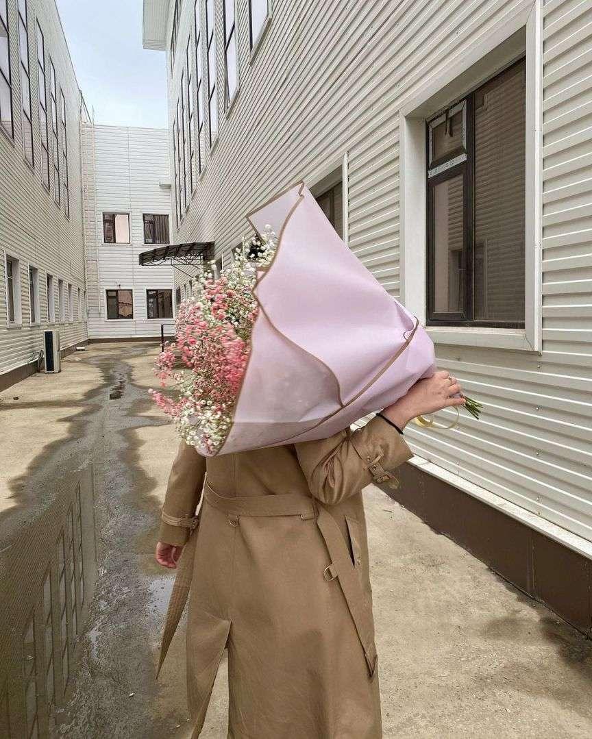 mazzo gipsofila colorata