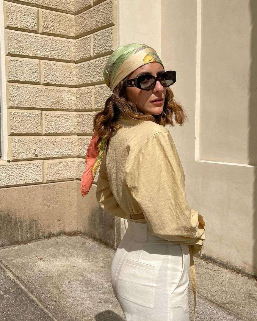 foulard in testa
