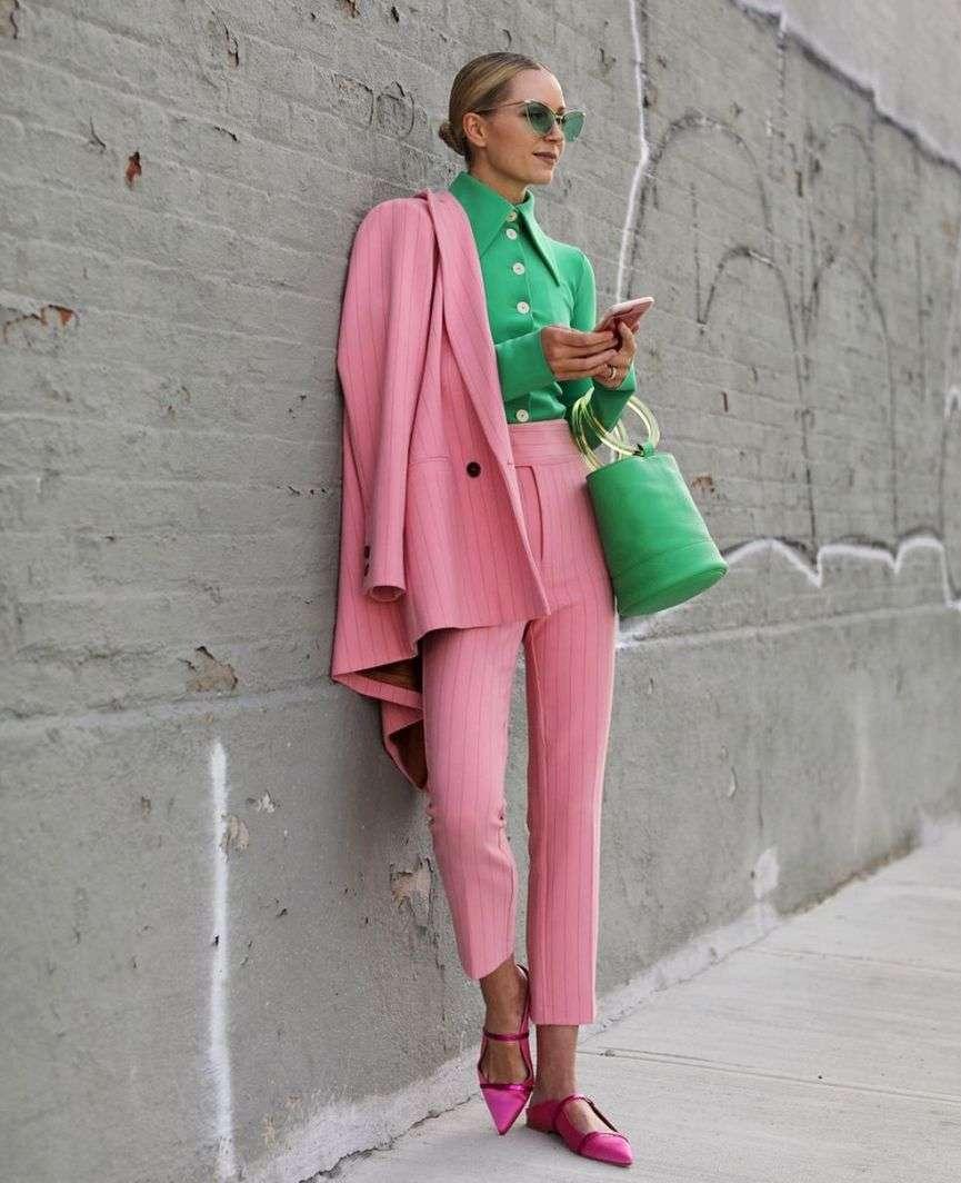 rosa e verde look