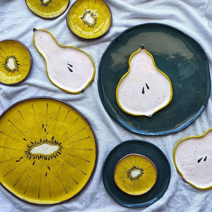 frutta in ceramica artigianale