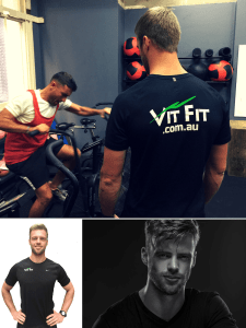 Personal Trainer Tomas, Functional Training Specialist at VITFIT Coaching a client during a personal training session.