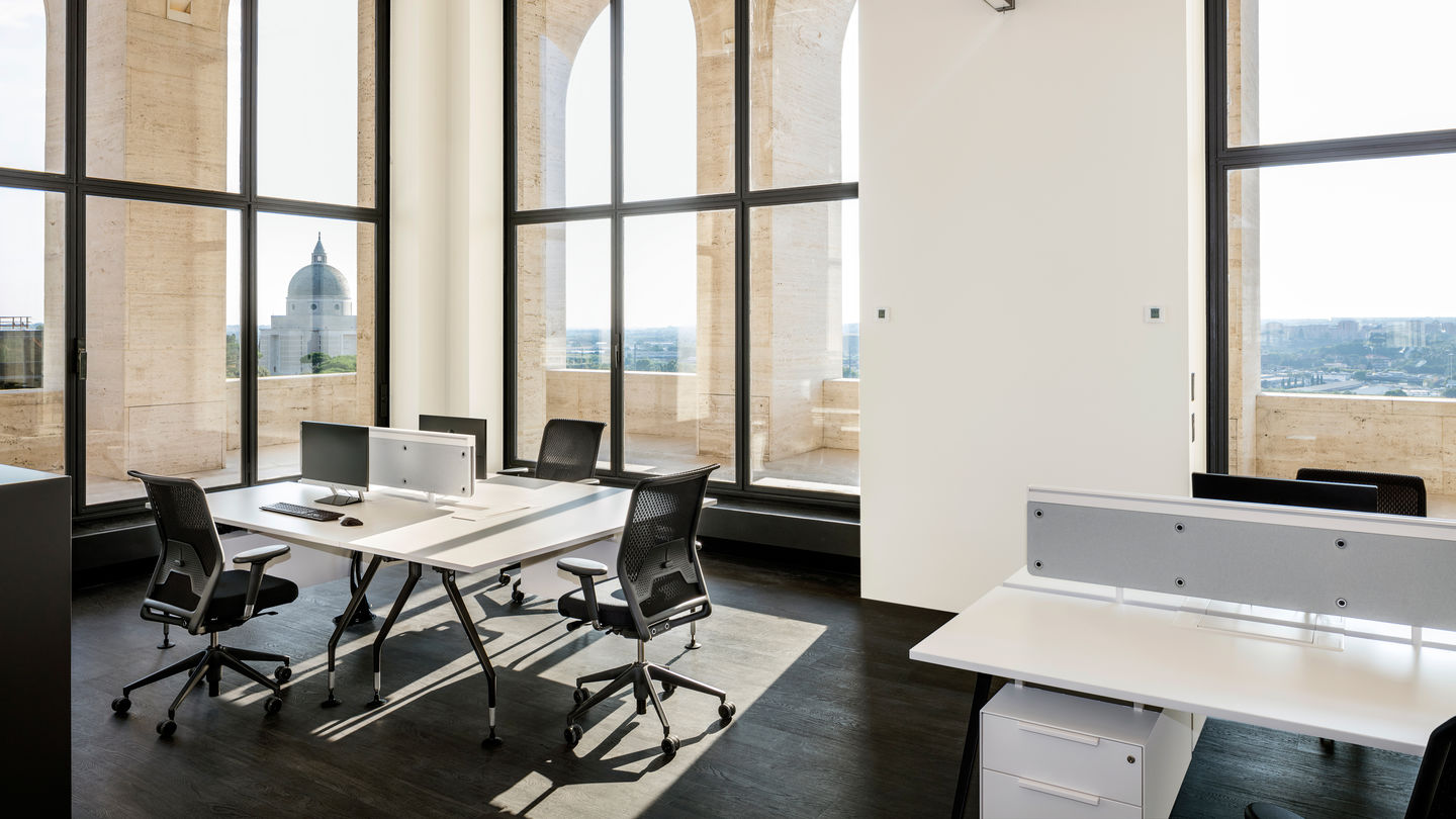 Office Furniture Zurich Switzerland