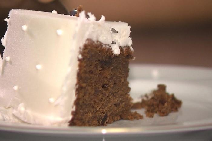 Chef JPB ensina receita de bolo de noiva