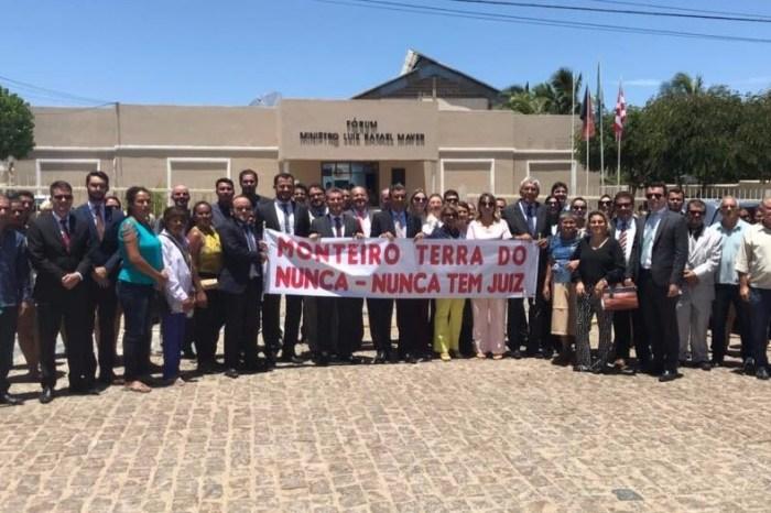 OAB-PB e sociedade civil de Monteiro cobram juízes para varas de Monteiro