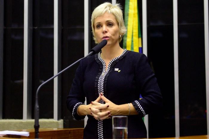Cristiane Brasil deixa presídio após decisão da Justiça