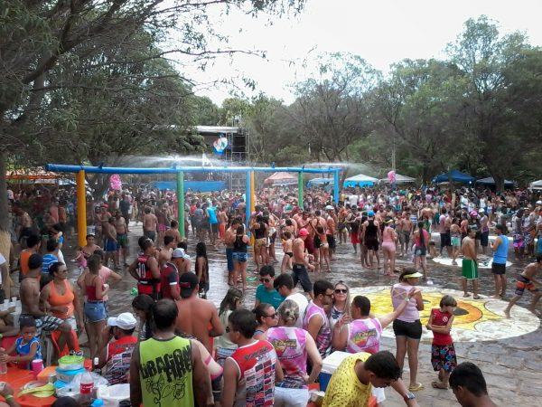 Apenas Camalaú é autorizado a realizar carnaval molhado na Paraíba, segundo AESA
