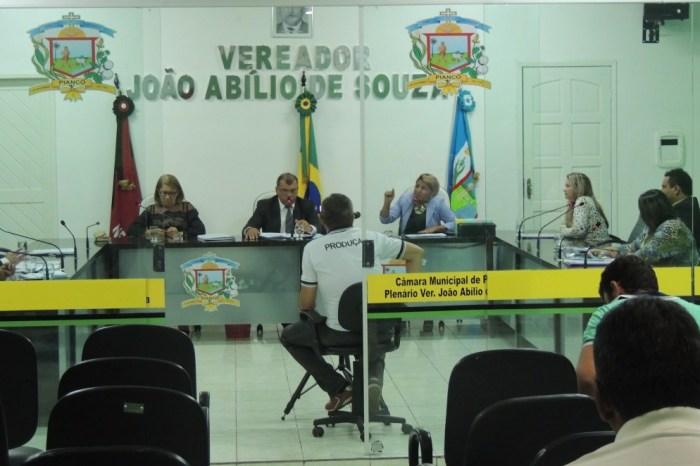 Vereadora é acusada de falsificar o contrato de locação para prefeitura