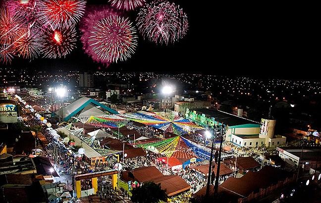 Escolas de Samba de SP e RJ homenageiam Campina Grande
