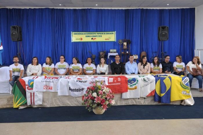 Monteiro sedia Conferência Intermunicipal Popular de Educação do Cariri
