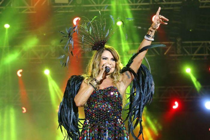 Elba é coroada madrinha e homenageada em evento no RJ