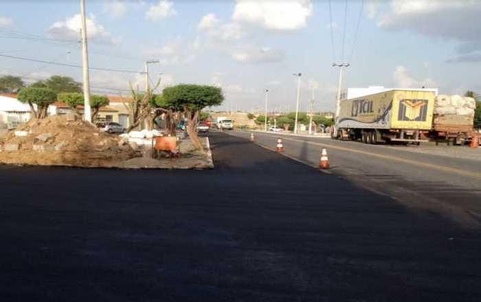 Mobilidade: Governo do Estado intensifica obras do binário da cidade de Juazeirinho