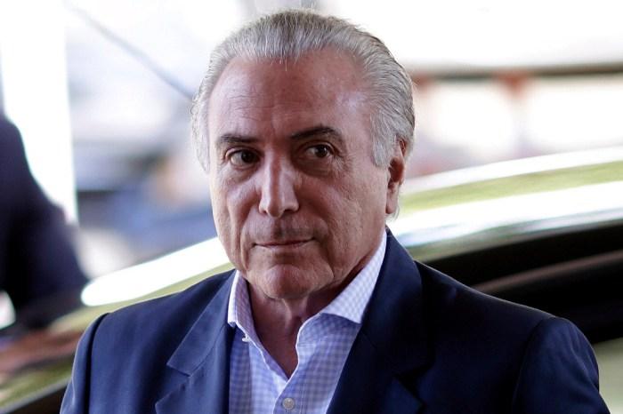 Ex-preidente Michel Temer se entrega à polícia em São Paulo