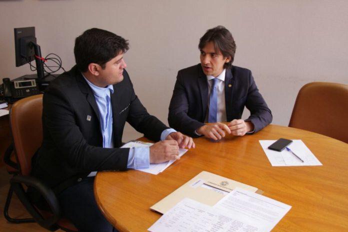 Pedro Cunha Lima e Wellington Roberto asseguram recursos para prefeituras do Cariri