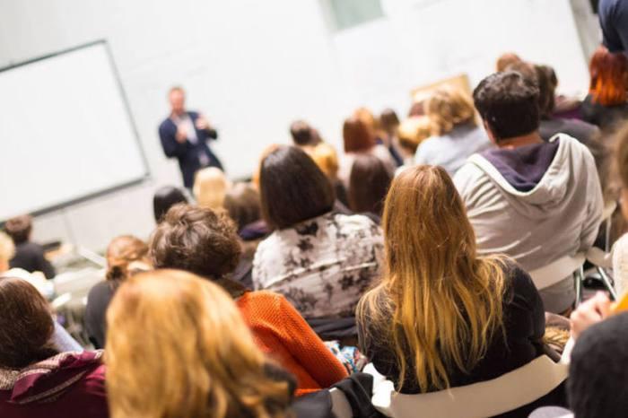 Estudantes de Gurjão terão curso preparatório gratuito para vestibulares e para o Enem
