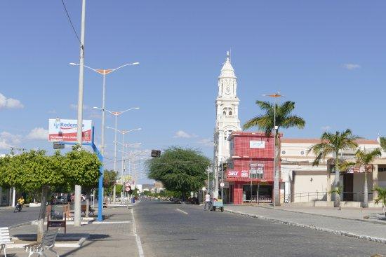 Criminosos armados assaltam fábrica de queijos na cidade de Monteiro