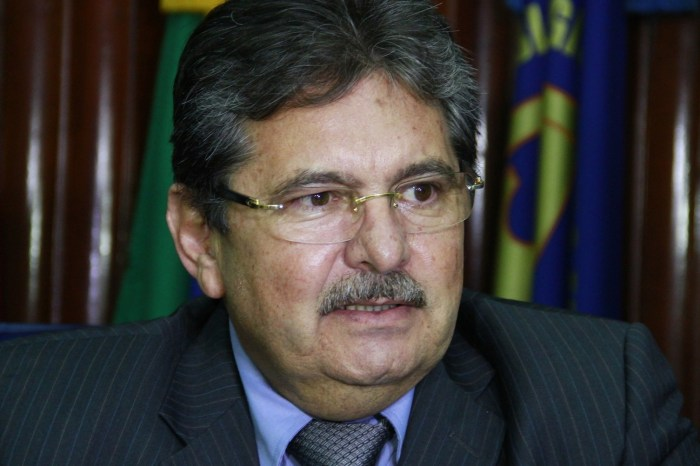 MOÍDOS DA REDAÇÃO: Chapa de Adriano Galdino para o 1º biênio está 100% formada