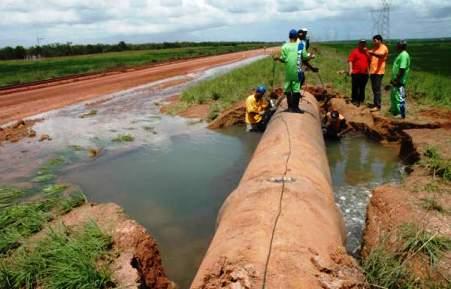 Vazamentos na adutora do Congo deixa Serra Branca e mais 3 cidades sem água