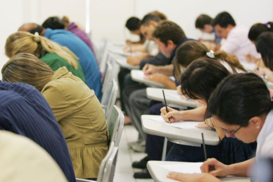 142 vagas são oferecidas em deis editais de concursos na PB