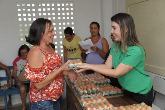 Programa social da Prefeitura de Monteiro beneficia mais de 50 famílias da zona rural