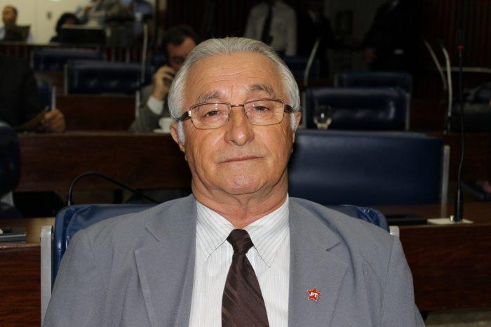 Deputado Frei Anastácio sai da UTI da Unimed, mas continua internado