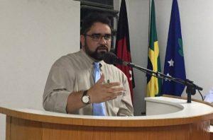 guilherme gaudencio 300x198 - Prefeito de Serra Branca é denunciado ao Ministério Público Federal