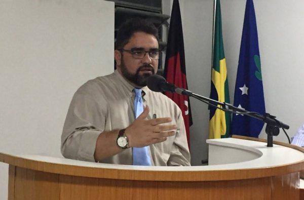 Em Serra Branca: Vereador Guilherme pede duas Escolas do Campo