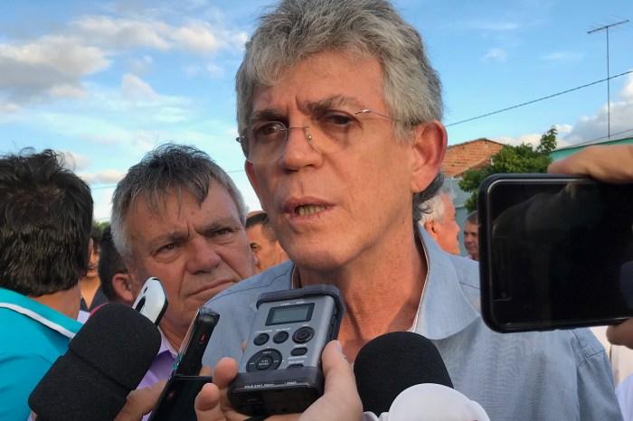Ricardo convoca entrevista para anunciar futuro político na sexta, dia 6