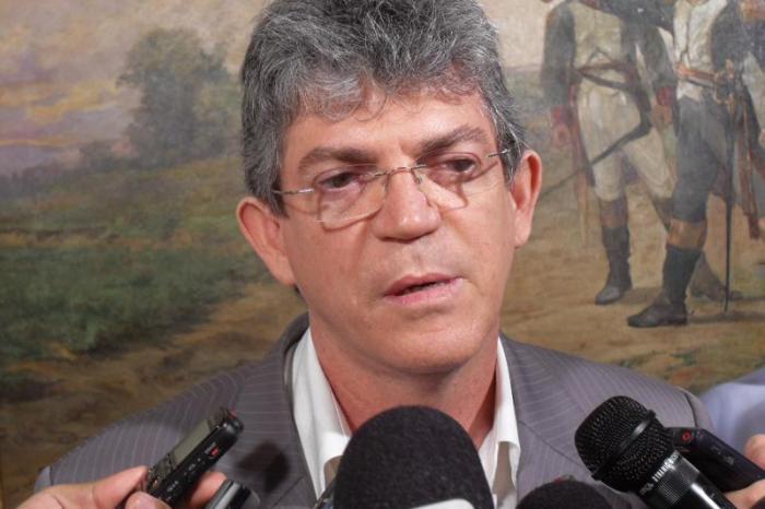 Ricardo lidera rejeição entre os candidatos em JP, com 53%
