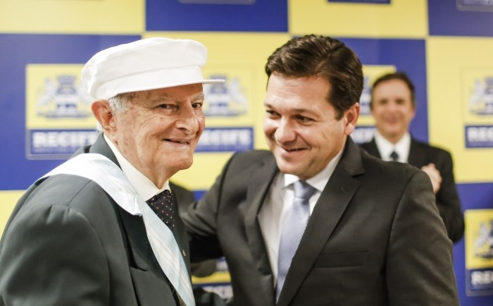 Monteirense Rafael de Menezes receberá título de Cidadão Recifense na próxima quinta-feira