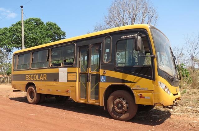 Estudantes denunciam falta de estrutura no transporte escolar de São Domingos do Cariri