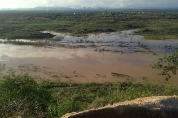 Chove forte no Cariri e açude do Congo começa a receber recarga de água